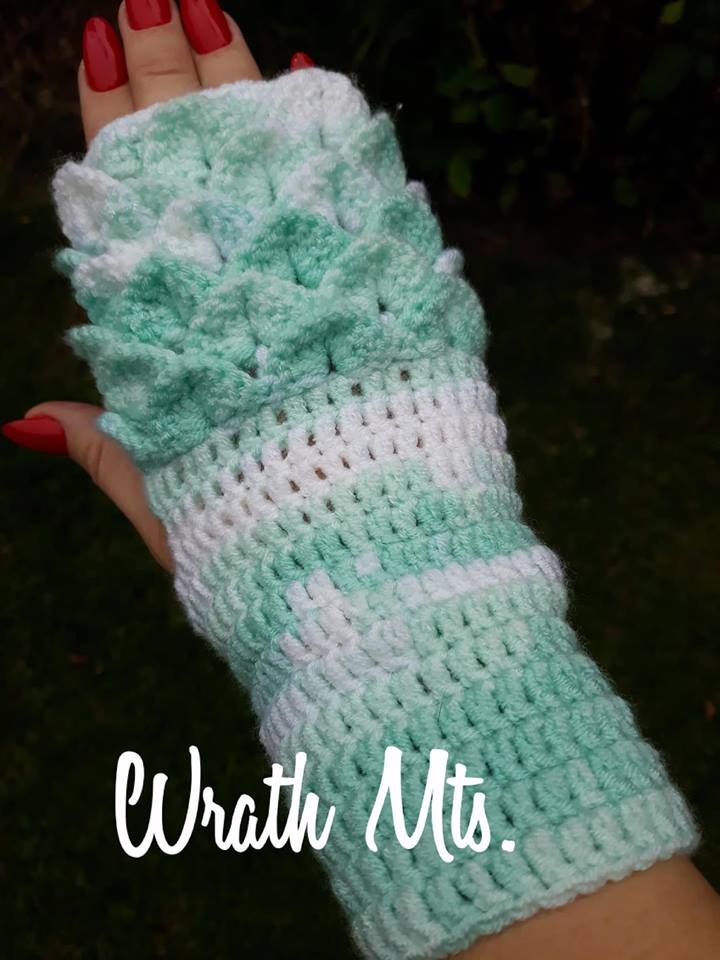 Háčkované rukavice - krokodýlí vzor